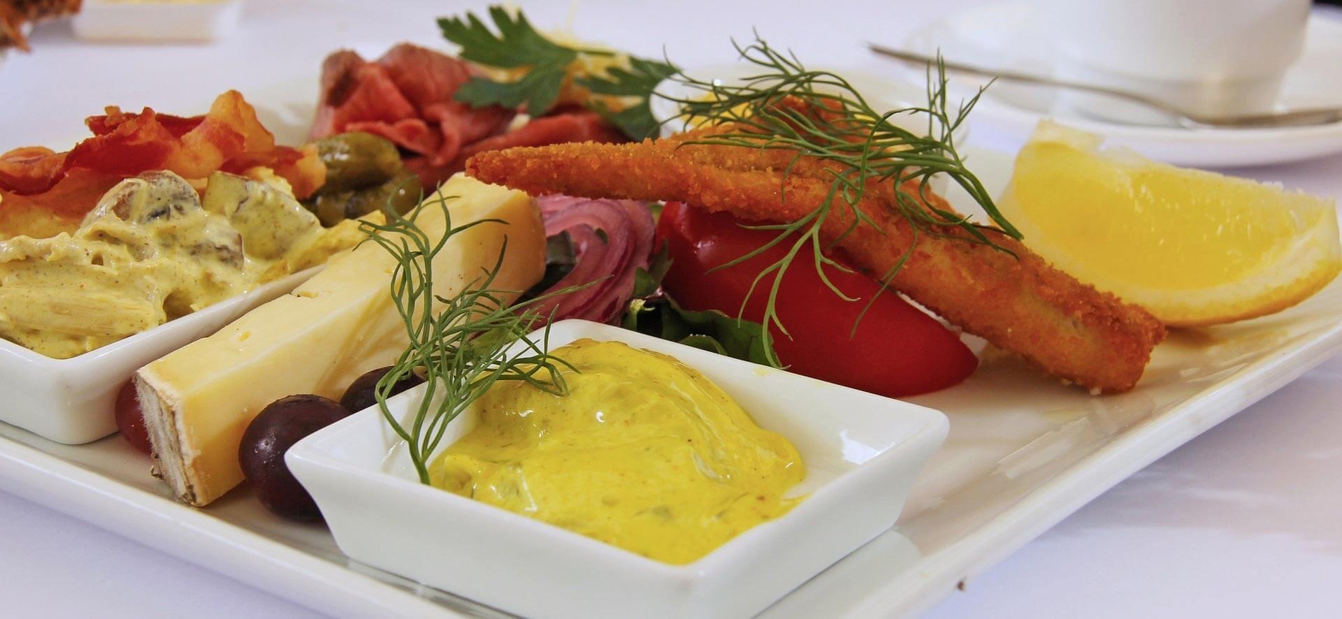 FoodFork Hotel WordPress Theme